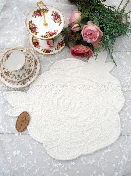 Tovaglietta americana Blanc Mariclo' a forma di rosa – colore avorio chiaro