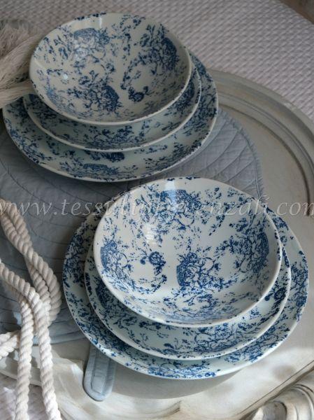 """Due posti tavola completi (set 6 piatti) serie """"Jouy blu"""" Blanc Mariclò"""