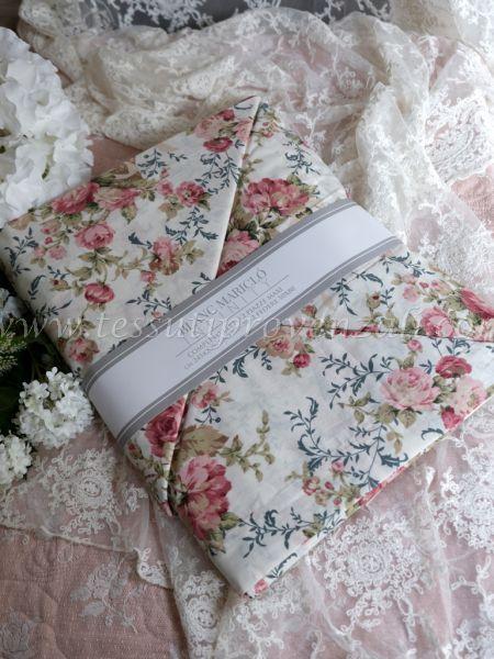 "Completo lenzuola matrimoniale serie ""Marella queen roses"" Blanc Mariclò – variante bianco –"